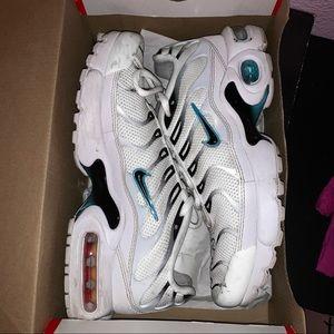 Nike air max plus tn size 5
